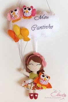 https://flic.kr/p/ssA85f   Enfeite de Porta - Bonequinha com balões.