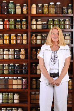 Pantry Storage - Dehydrated & Dried Goods - Organization - glass mason jars - food - emergency - cooking