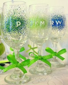 Sharpie decorated wine glasses. These would make a great gift!