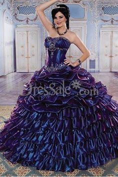 423f45aef89 Fanciful Dipped Neckline Quinceanera Dress Features Two-tier Skirt Robes  Quinceanera