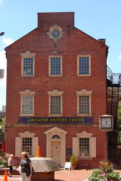Lancaster PA - http://www.padutchcountry.com/members/downtown_visitors_information_center.asp