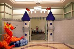 We offer complete decoration, planner and Event Organizer (EO) kids birthday services to celebrate your first birthday baby, bridal shower, kids party, etc. Castle Crafts, Castle Party, Baby Event, Medieval Party, Knight Party, Cardboard Castle, Dragon Party, Vacation Bible School, Princess Party