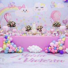 Mi primer Añito María Victoria 💖 Ame esta fiesta gracias @cecicardenasf @marcosriveros28 por elegirme para este día tan especial!! #johannagodoyeventos #festamenina #festabalao #festascriativas #johannagodoyfiestasinfantiles Ph: @ave_iro