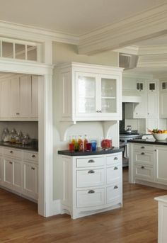 Butler pantry ideas and design with 11 photos by anne reagan porch for the Kitchen Buffet, Kitchen Nook, Kitchen Redo, Kitchen Pantry, New Kitchen, Kitchen Dining, Kitchen Remodel, Kitchen Cabinets, White Cabinets