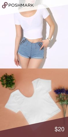 White Tee Crop Top Cute and simple white short sleeve t-shirt crop top. Absolute must have basic tee. Tops Crop Tops