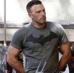 """Jennifer Garner Says Ben Affleck Batman Costume """"Unbelievably Cool"""""""
