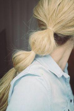 modern messy ponytail