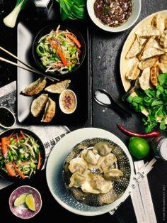 Ånginsatsen STABIL i rostfritt stål är utmärkt att tillaga och servera dumplings i.