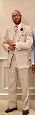 Love!! Grooms Suit