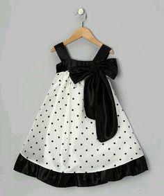 Vestido blanco y negro toddler