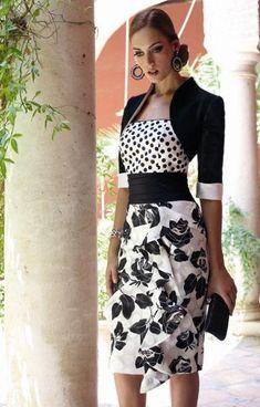 conjunto de falda estampada con flores, top a lunares con torera al talle.