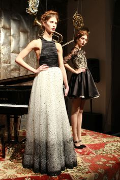 pretty dresses in black & white at alice + olivia fall 2013