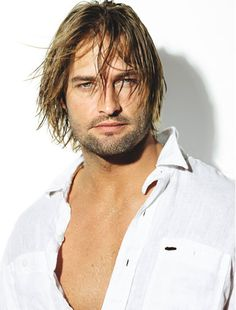 This is Josh Holloway. Josh was a great reason to watch every single episode of Lost, for a weekly nibble of bad boy eye candy. Josh Holloway is a yummy guy. Josh Holloway, Hot Men, Hot Guys, Mission Impossible 4, Pretty People, Beautiful People, Hommes Sexy, Raining Men, Gorgeous Men