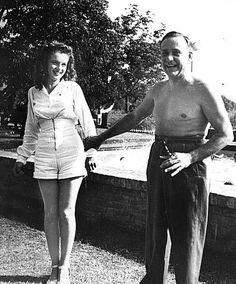 Norma Jeane with a colleague at a Radioplane picnic at Balboa Park, 1944.
