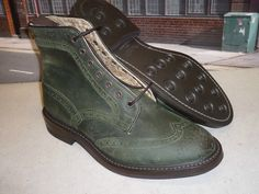 Tricker's - Stow (Green Waxed)