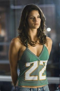 Missy Peregrym In Rookie Blue Love The Shirt Canadian Actresses Hot Actresses