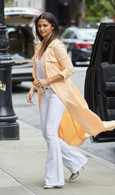 Who: Camila Alves Affordable Fashion Finds: Mistress Rocks duster, $114, mistressrocks.com. Why We Love It: Mistress Rocks upgrades one of spring's biggest trends, the duster jacket, for summer with a pretty peach hue. SPLASH
