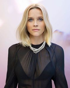 Reese Witherspoon In Our Luxe Silk Triangle Bra In 2020 Reese Witherspoon Hair How To Look Attractive Reese Witherspoon