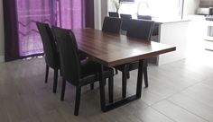 """Table sur pieds trapèze en acier peint 40"""" x 84"""" x 2"""" Noyer noir"""