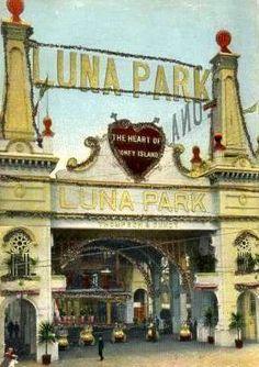 """Luna Park: The Heart of Coney Island"" (Brooklyn, NYC)"
