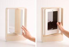 iPad Stand/mirror