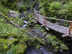 Garden Bridge, Outdoor Structures, Park, Czech Republic, Places, Travelling, Trips, Viajes, Parks