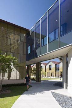 architecture archdaily http://www.archdaily.com/294628/e-j-ourso-college-of-business-ikon-5-architects/
