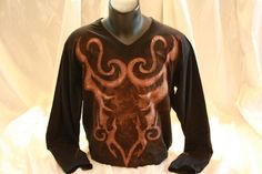 Hand painted and hand stenciled men's t shirt, featuring the design of an ancient armor on the front side. The colors are non-toxic, water based, permanent fabric colors. Ancient Armor, How To Make Stencils, T Shirt Diy, Cotton Fabric, Long Sleeve Tees, Hand Painted, Colors, Water, Mens Tops