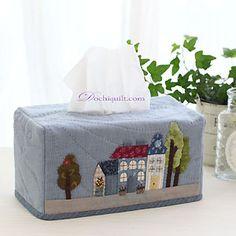고슴도치 퀼트 [푸른집 휴지케이스] Tissue Box Holder, Tissue Box Covers, Tissue Boxes, Fun Projects, Sewing Projects, Fabric Boxes, Sewing Appliques, Quilted Bag, Sewing Accessories