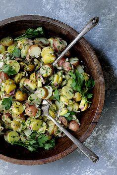 Slaw Recipes, Veggie Recipes, Beef Recipes, Vegetarian Recipes, Veggie Meals, French Potato Salad, French Potatoes, Warm Potato Salads, Creamy Potato Salad