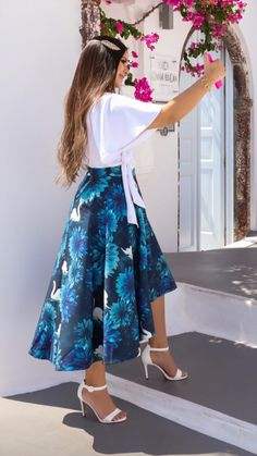 Cute Skirt Outfits, Pencil Skirt Outfits, Cute Skirts, Modest Outfits, Classy Outfits, Simple Dresses, Casual Dresses, Fashion Dresses, High Tea Dress