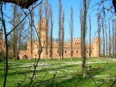 MINERBIO, localitá Soverzano. Castello dei Manzoli