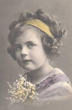 1910 Vintage photographs children