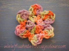 Flushed with Rosy Colour: Simple Flower, free pattern