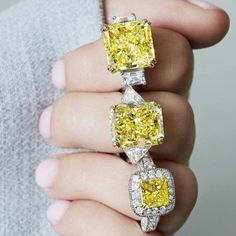 Yellow diamond rings are awesome alternatives to traditional transparent stones. Check out our photo gallery, preferably in front of you bae. Yellow Diamond Engagement Ring, Yellow Diamond Rings, Diamond Gemstone, Gemstone Rings, Wedding Hands, Wedding Bride, Silver Jewellery Online, Vintage Diamond, Colored Diamonds