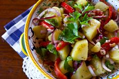 Italian Style Potato Salad - This looks so good & I'll be making it this weekend :)