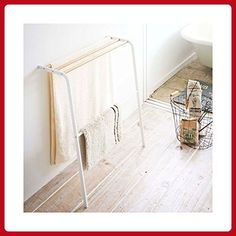 YAMAZAKI home Tosca Leaning Bath Towel Rack - Fun stuff and gift ideas (*Amazon Partner-Link)