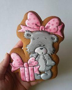 Вот такая вот немного удивленная и безмерно симпатичная малышка. #пряничнаятолпа #cookie_mob и картинка от @dasharokitskaya Уверена, что эта манюня украсит не один праздник!!!  (можно её сделать и в виде топпера на торт) Для заказа пишите в директ или на вайбер/ватсапп 0930096650 #mylovelycookie #пряникиодесса #имбирныепряники #пряникиназаказ #пряникиукраина #artcookies #топпернаторт #топпервторт #пряничныйтоппер #пряники #подарокручнойработы