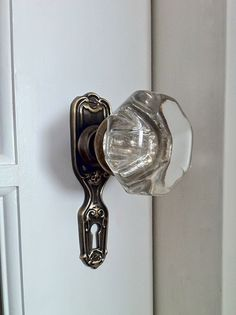 My Fifties Kitchen Redo: HOW TO INSTALL AN ANTIQUE DOOR KNOB
