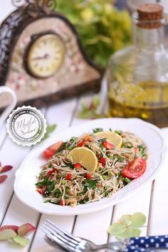 Tel Şehriye Salatası – Mutfak Sırları – Pratik Yemek Tarifleri Tulum, Pasta Salad, Side Dishes, Ethnic Recipes, Food, Crab Pasta Salad, Essen, Meals, Yemek