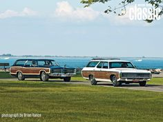 Image from http://image.motortrend.com/f/classic/wallpaper/1010_1968_chevrolet_kingswood_1969_ford_country_squire_wallpaper_gallery/34250412+w1600+h1200+st0/1969-ford-country-squire-1969-chevrolet-kingswood-estate-front-three-quarters.jpg.