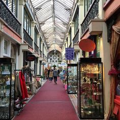 Always love a good rummage in the Clifton Arcade in Clifton Village #Bristol - it's like an Aladdin's cave of jewellery, vintage, artistic finds and gifts from around the world
