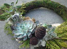 Make a festive & fabulous holiday wreath. #HoliDIY