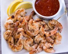 Easy Marinated Basket Grilled Shrimp from Everyday Good Thinking Beach Shrimp Appetizers, Great Appetizers, Healthy Weeknight Dinners, Quick Easy Meals, Shrimp Recipes Easy, Easy Recipes, Grilled Shrimp, Fish And Seafood, Grilling Recipes