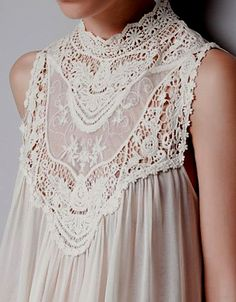 Lace Top - VERY LARGE PHOTO !