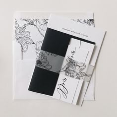 Black and White Wedding Invitations | Matching belly bands and envelope liners | Monochrome Wedding | Elegant Wedding