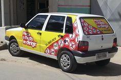 Atelier2 Carro adesivado para auto escola