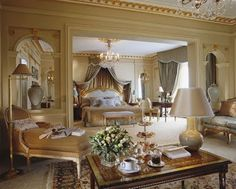 Parisian Home Decor | Home Decor Budgetista: Hotel Inspiration - Hotel Plaza Athenee - Paris
