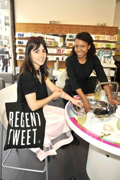 Bloggers indulge in hand treatments at @Molton Brown® #RegentTweet