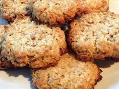Les meilleures recettes de nos mamans - Expolore the best and the special ideas about Frugal meals Frugal Meals, Quick Easy Meals, Vegetarian Recipes, Healthy Recipes, Vegetarian Chocolate, Cookies Et Biscuits, Shortbread, Sweet Recipes, Food And Drink